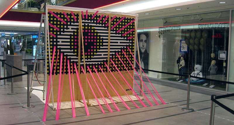 The Eye- duct tape optical art at street art festival-ogimage