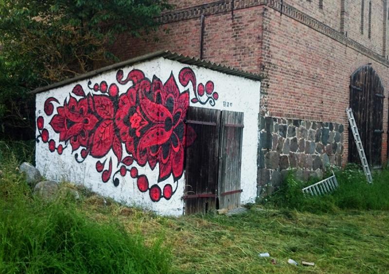 Khokhloma- Folklore Graffiti Muster- Graffiti im Wald-Street Art-Ostap 2014