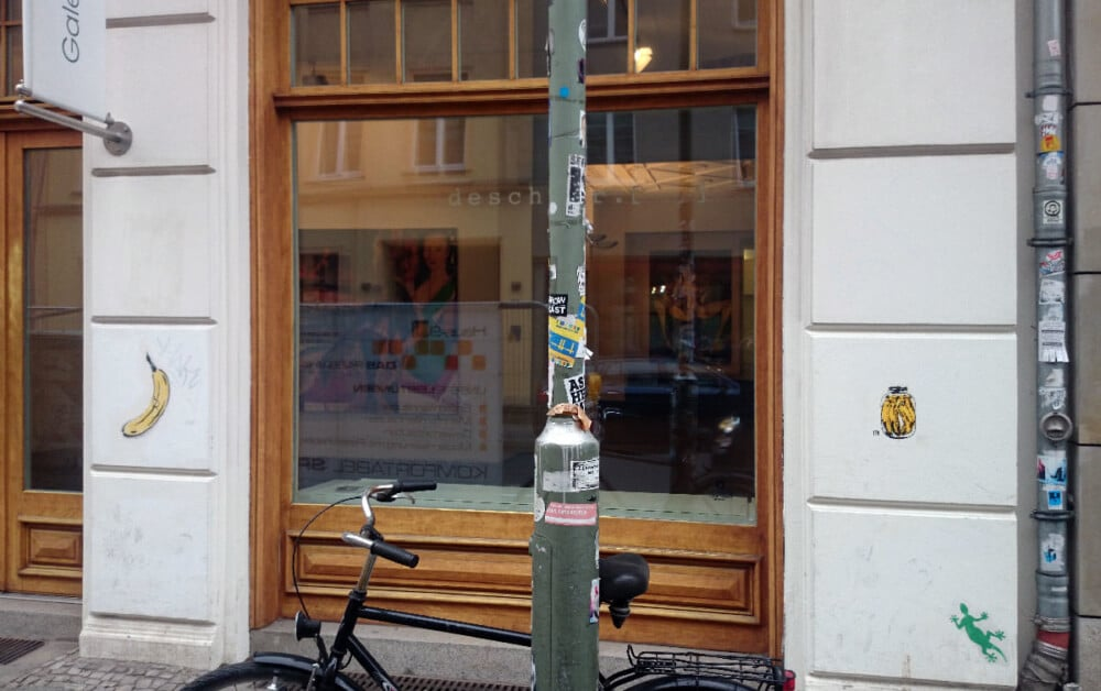 Bananas can-stencil street art-Ostap 2014
