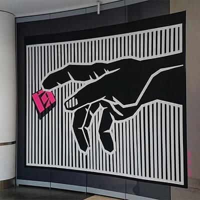 Gottes Hand- Michelangelo Gaffa Tape Art-Ostap 2015-Vorschaubild