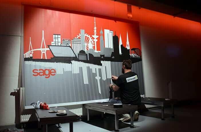 Beitragsbild 8- Entstehung von Tape-Art Hamburg Skyline