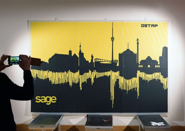 Live Tape art tour-Stuttgart Skyline