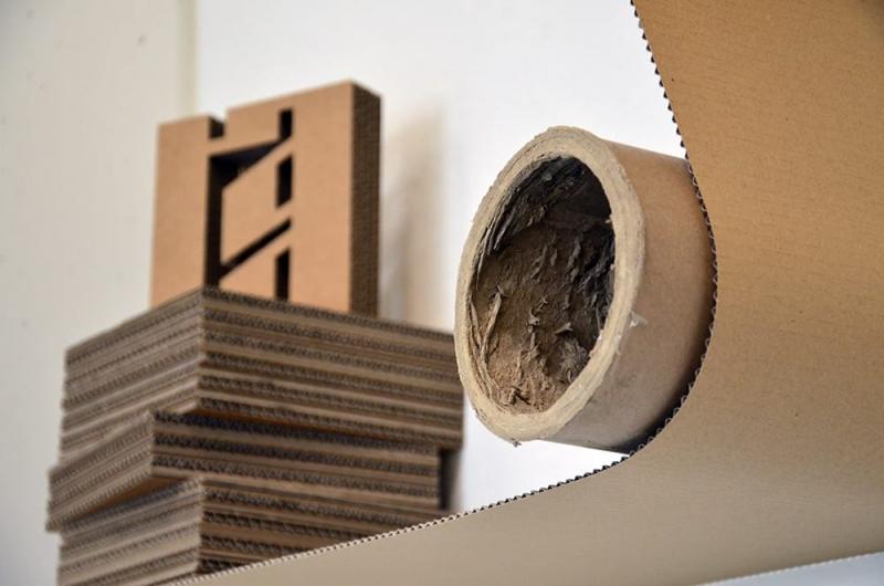 Zerhusen- 3d Graffiti aus Pappe und Karton- Kunst-Auftrag- Nahaufnahme
