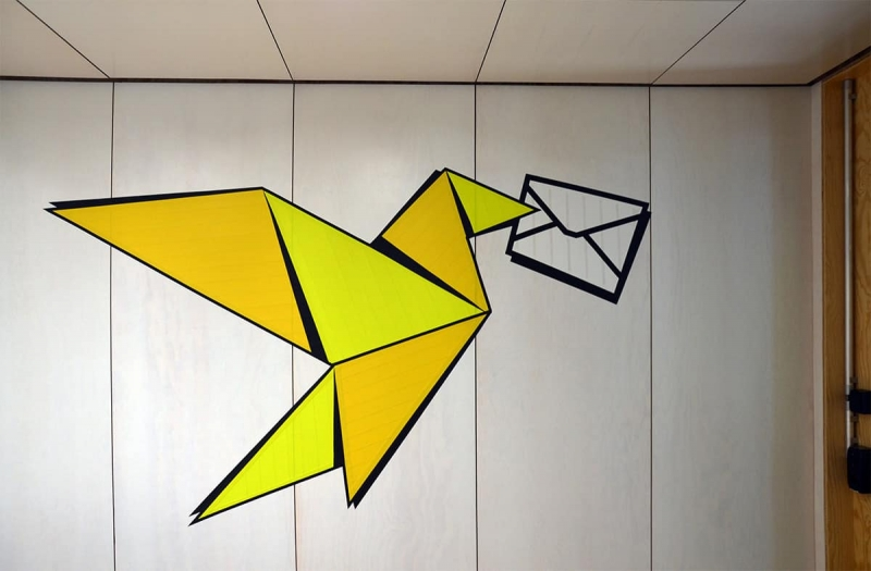 Carrier-Pigeon-tape-art-google-office-design-zurich-selfmadecrew-2016