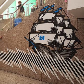 Segelschiff- Klebeband-Graffiti-Wandgestaltung