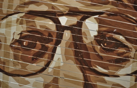 Nahaufnahme 01- Die Augen- Klebeband Street Art in der Bülowstraße