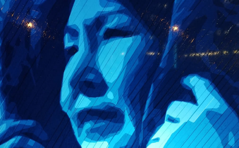 Eskimo Frau- Tape Street Art Porträt- Nahaufnahme