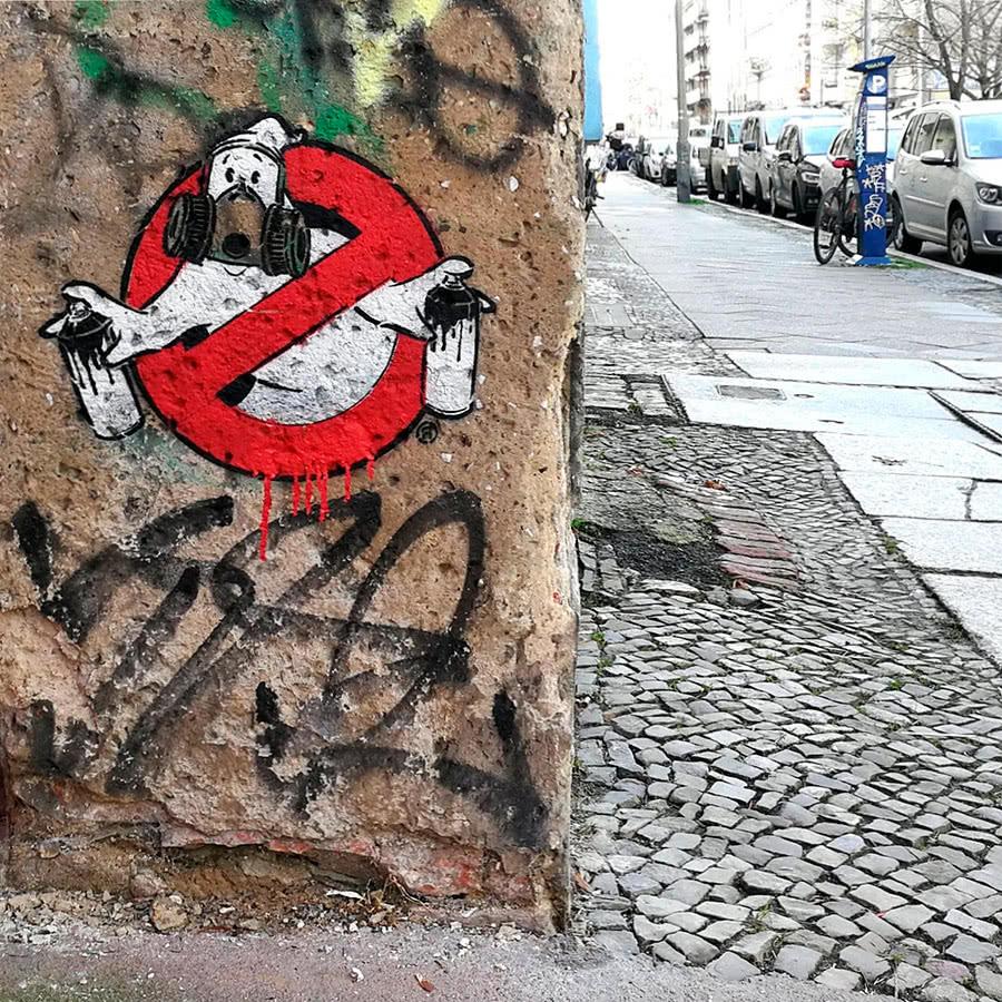 Graffiti buster-stencil street art- Berlin Prenzlauer Berg