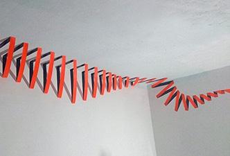 Abstraktes Klebeband-Kunst - Innendesign mit GAFFA-Klebeband