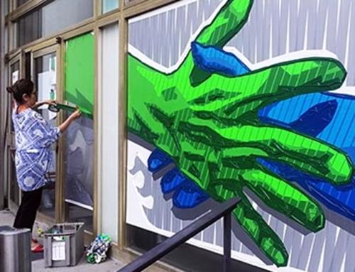 Eintägiges Live-Painting: Der Hände-reichen